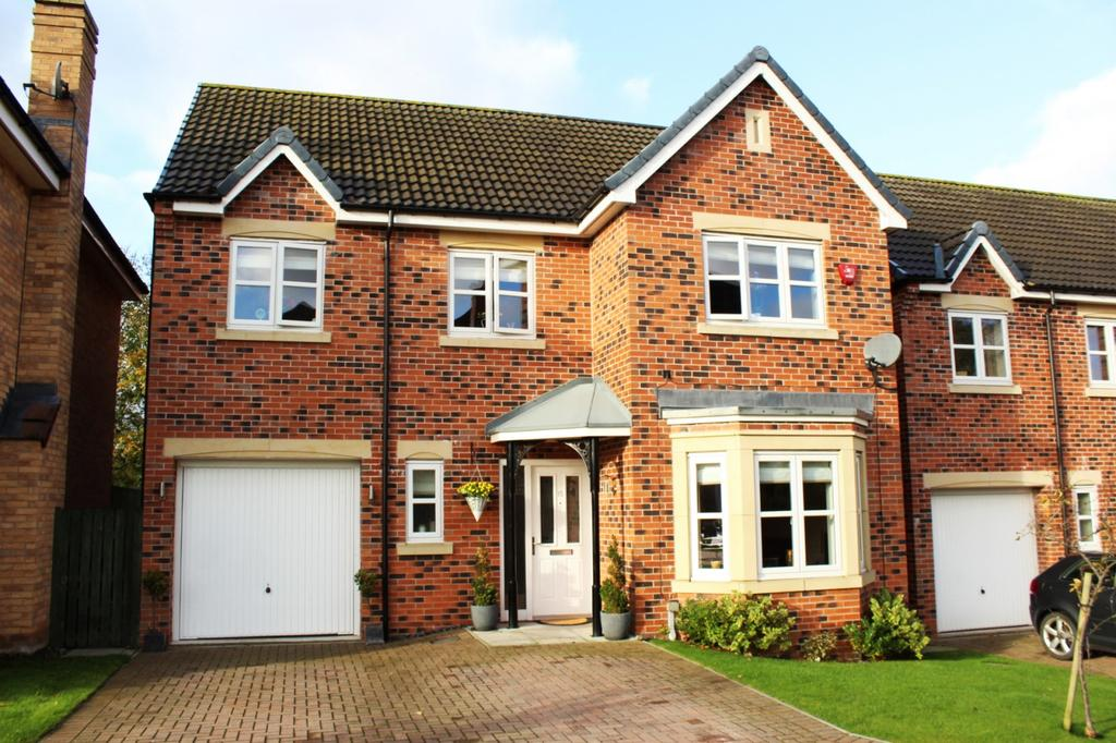 4 Bedrooms Detached House for sale in Harpers Green, Norton, TS20