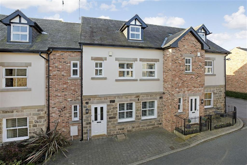 2 Bedrooms Town House for sale in St Peters Square, Harrogate, North Yorkshire