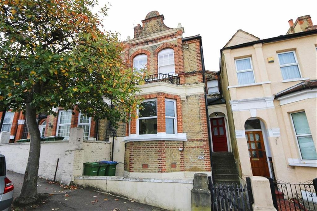 2 Bedrooms Flat for sale in Ancona Road, Plumstead, London, SE18