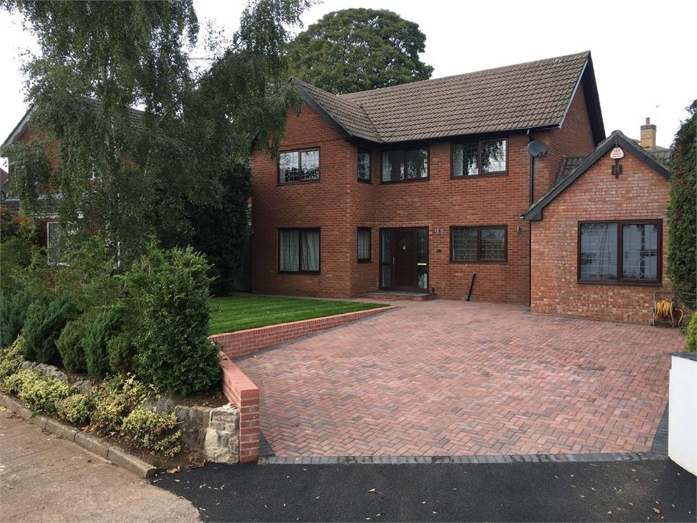 4 Bedrooms Detached House for sale in South Road, Sully