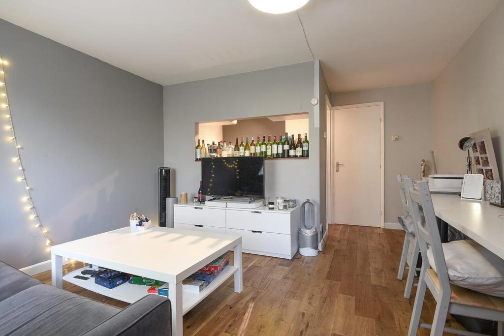 1 Bedroom Flat for sale in Kinburn Street, Surrey Quays