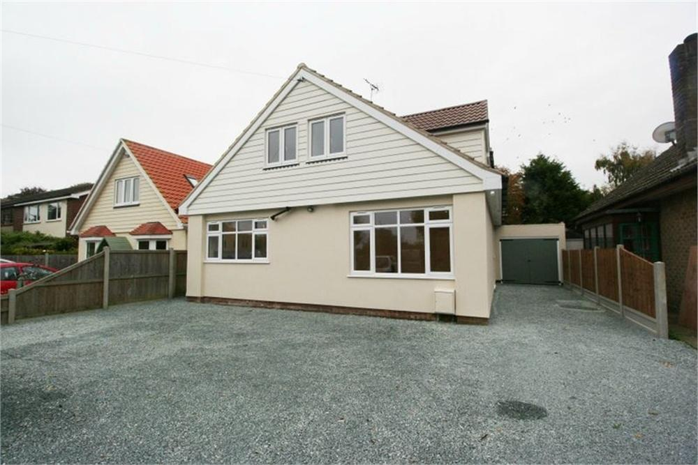 3 Bedrooms Detached House for sale in Malting Lane, Kirby-le-Soken, FRINTON-ON-SEA, Essex