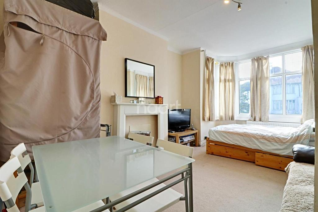 1 Bedroom Maisonette Flat for sale in Wembley Hill Road, Wembley Park