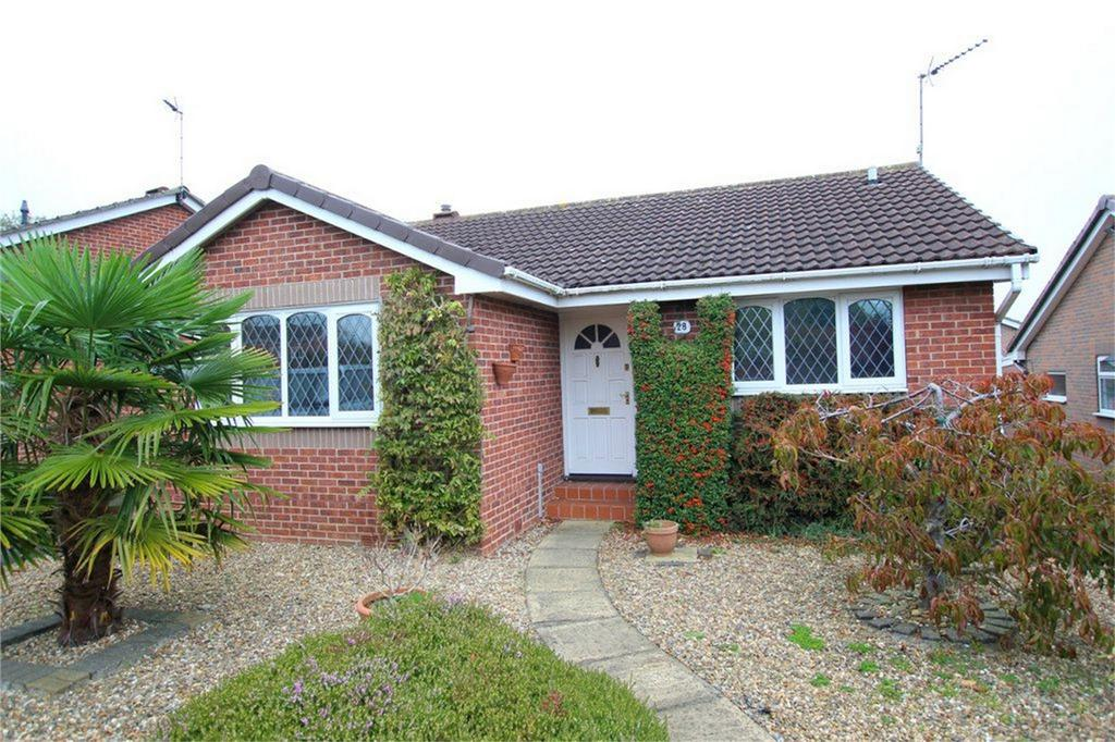3 Bedrooms Detached Bungalow for sale in Risby Place, Beverley, East Riding of Yorkshire