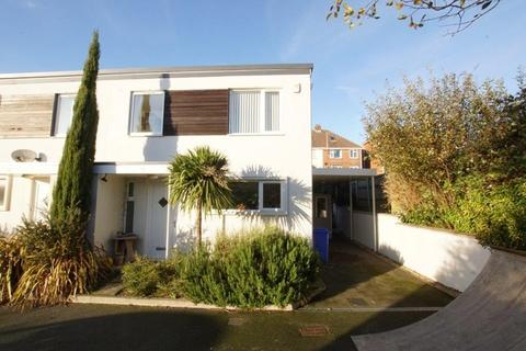 3 bedroom semi-detached house for sale - Katie Close, Lower Parkstone, Poole