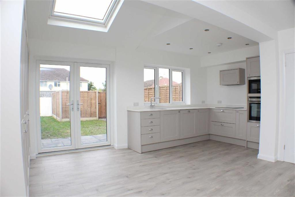 3 Bedrooms Terraced House for sale in Napsbury Avenue, St Albans, Hertfordshire