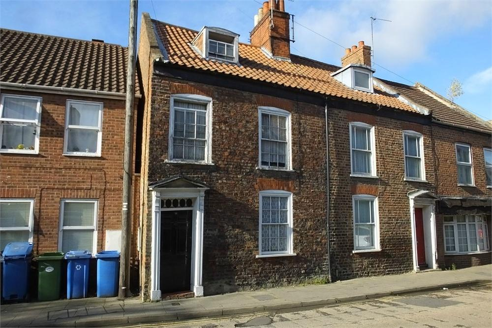 4 Bedrooms End Of Terrace House for sale in Pen Street, Boston, Lincolnshire