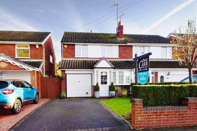 3 Bedrooms Semi Detached House for sale in Chestnut Drive,Cheslyn Hay,Staffordshire