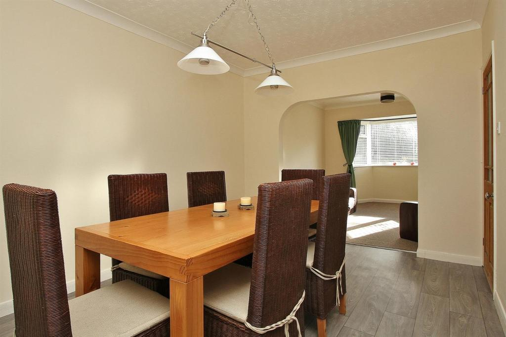 4 Bedrooms Detached Bungalow for sale in Westfield Avenue, Saltdean