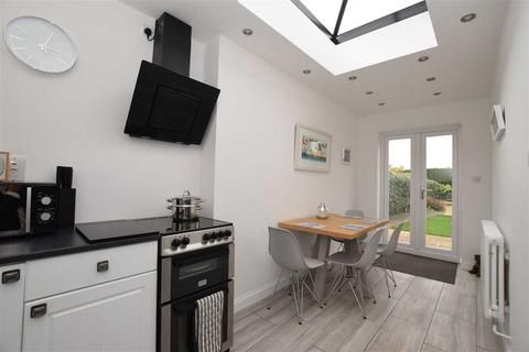 3 bedroom detached house for sale - Back Road, Writtle, Chelmsford