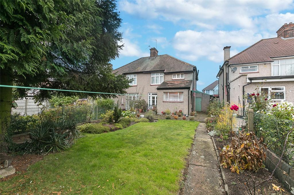 3 Bedrooms Semi Detached House for sale in Bassingham Road, Wembley, HA0