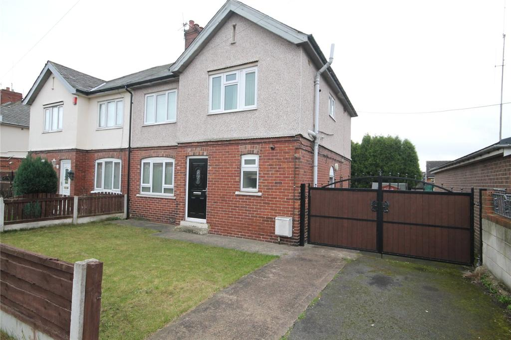 3 Bedrooms Semi Detached House for sale in Manor View, Shafton, Barnsley, S72