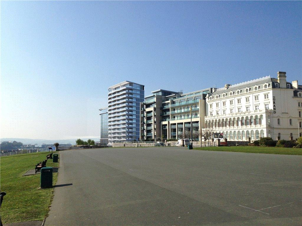2 Bedrooms Apartment Flat for sale in Nine, 1620 The Residences, Plymouth Hoe, Plymouth, Devon