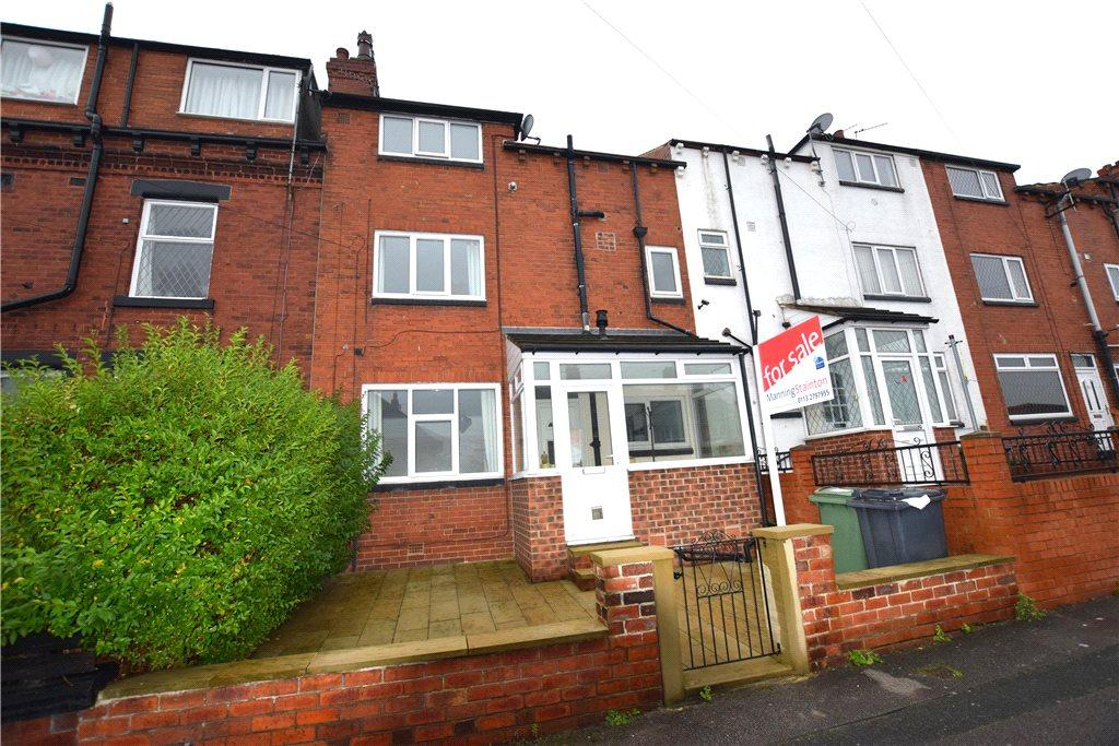 3 Bedrooms Terraced House for sale in Swallow Crescent, Leeds