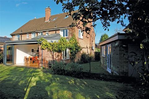 4 bedroom semi-detached house for sale - Le Strange Close, Norwich