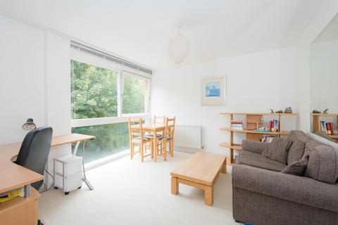 2 bedroom flat to rent - Eaton Court, Water Eaton Road, Summertown