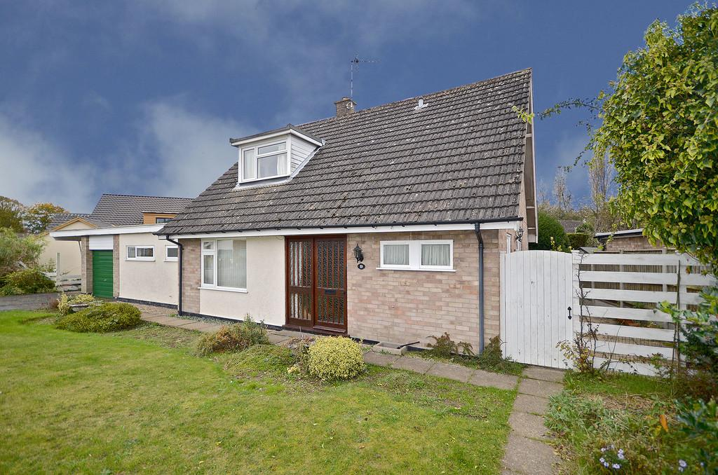 4 Bedrooms Detached Bungalow for sale in Mark Lemmon Close, Cringleford