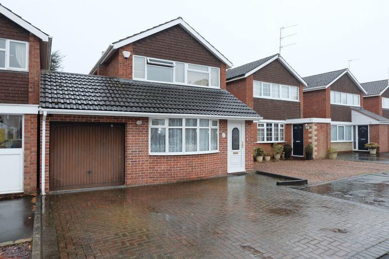 3 Bedrooms Link Detached House for sale in Bilberry Close, Stourport-On-Severn DY13 8TL