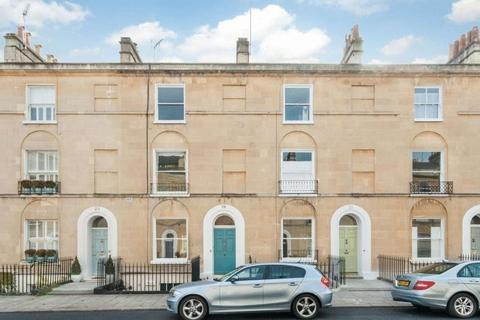 3 bedroom terraced house to rent - Daniel Street,