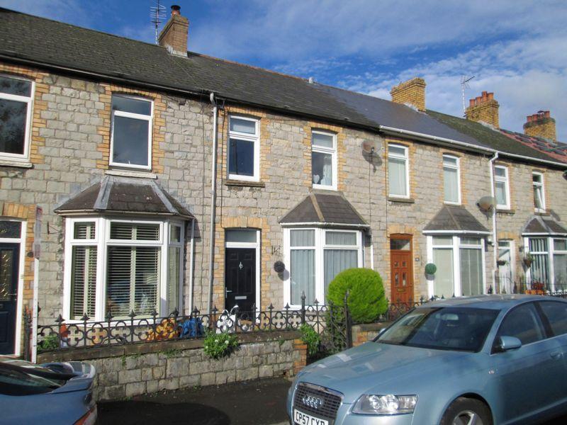 3 Bedrooms Terraced House for sale in Sunnyside Road Bridgend CF31 4AE