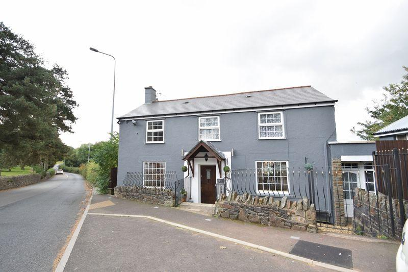 4 Bedrooms Detached House for sale in Penygarn Road, Pontypool