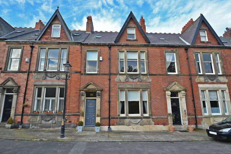 6 Bedrooms Terraced House for sale in Camp Terrace, North Shields