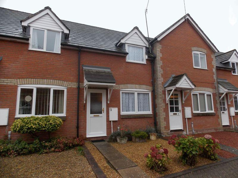 2 Bedrooms Terraced House for sale in St Botolphs Lane, Bury St. Edmunds