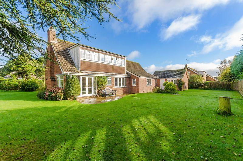 4 Bedrooms Detached House for sale in East Road, Tetford