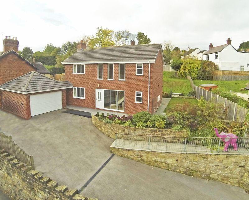 4 Bedrooms Detached House for sale in Wrexham Road, Wrexham
