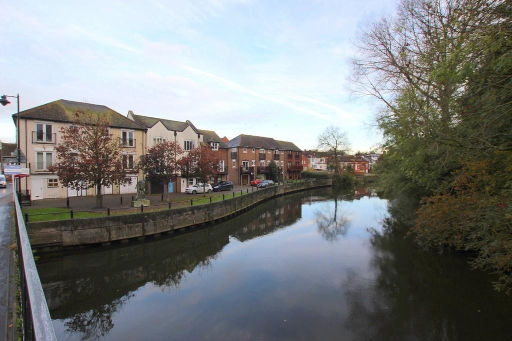 1 Bedroom Apartment Flat for rent in Riverside Place, Fordingbridge