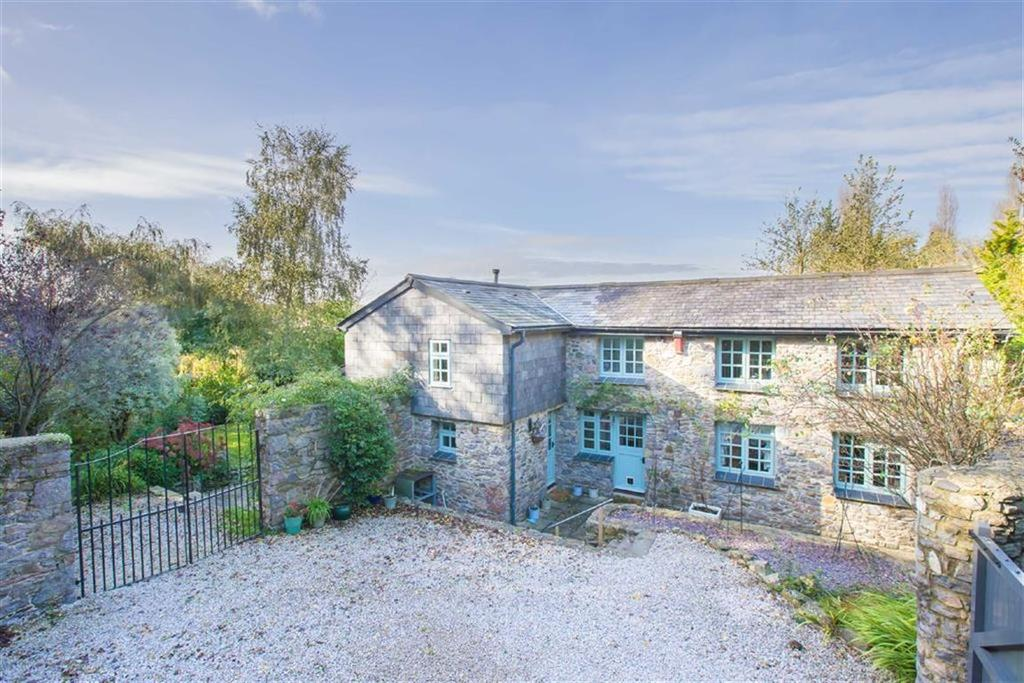 4 Bedrooms Detached House for sale in Howton Road, Newton Abbot, Devon, TQ12