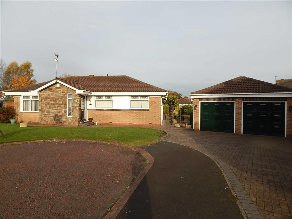 3 Bedrooms Detached Bungalow for sale in Holland Park, Parklands, Wallsend, NE28