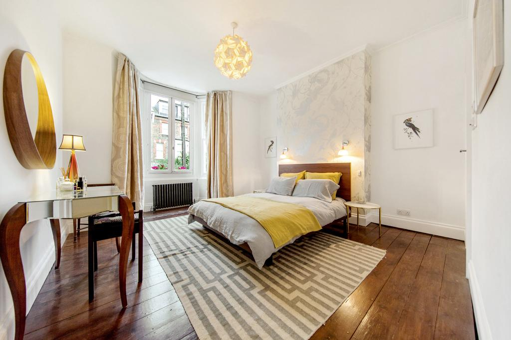 3 Bedrooms Flat for sale in Bravington Road, W9