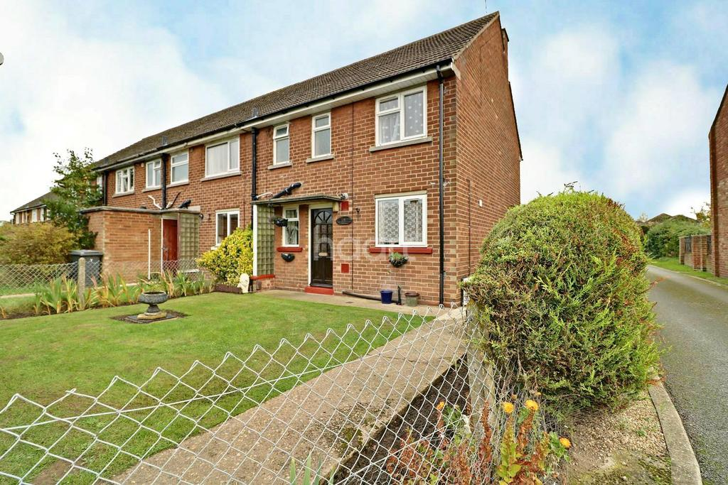 3 Bedrooms Semi Detached House for sale in Dore Avenue, North Hykeham