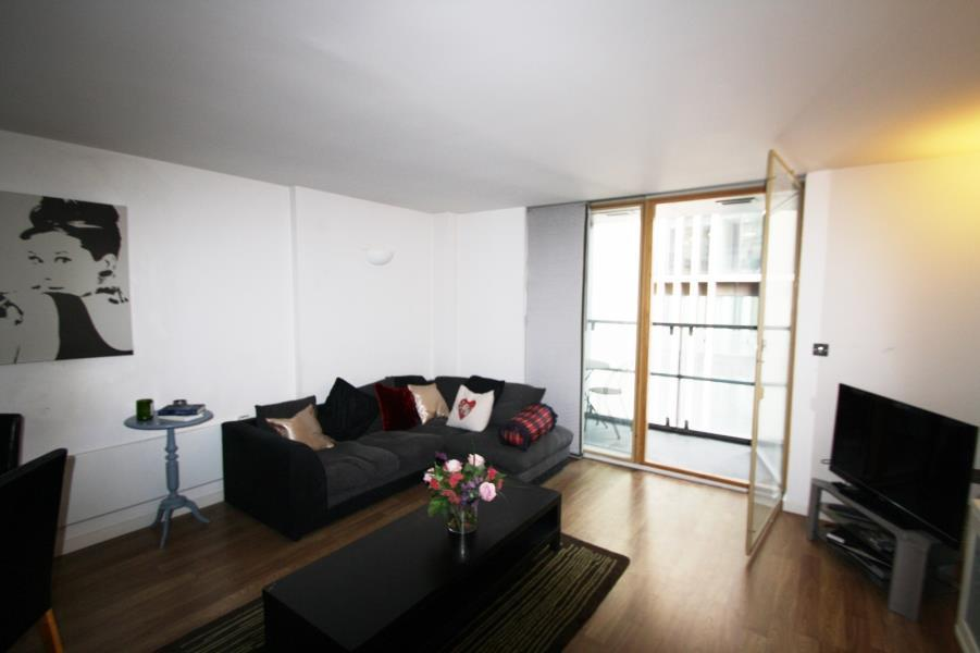 2 Bedrooms Apartment Flat for sale in WESTPOINT, WELLINGTON STREET, LEEDS, LS1 4JU