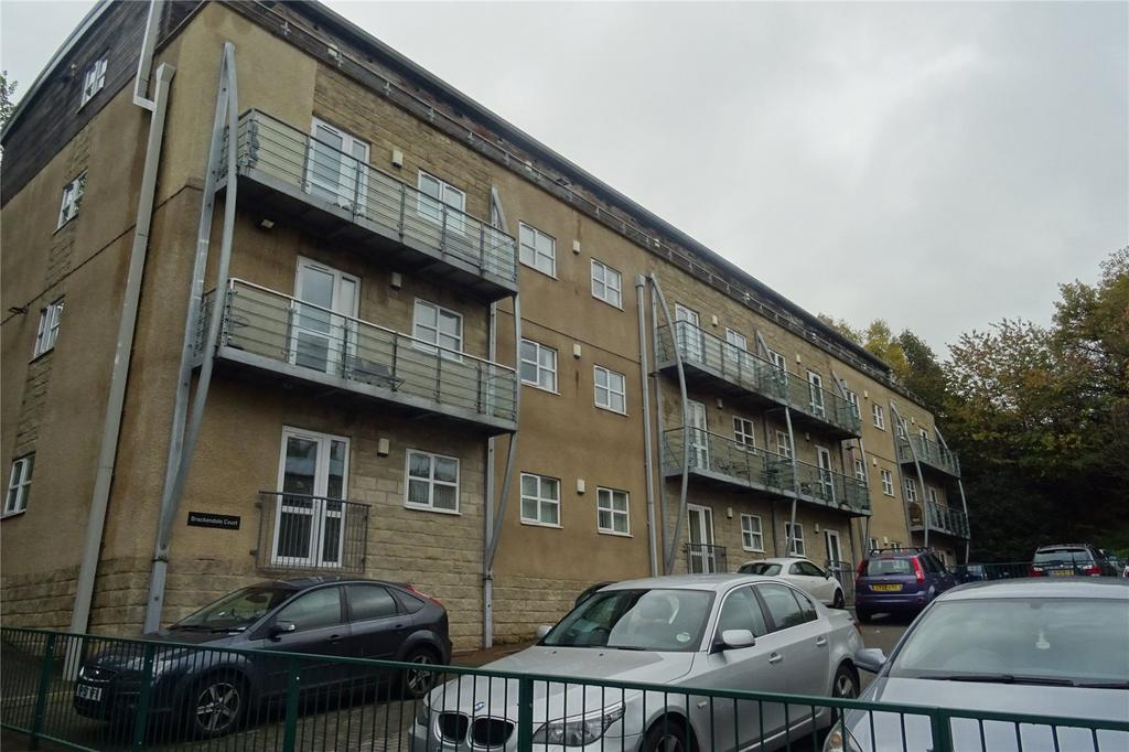 2 Bedrooms Apartment Flat for sale in Brackendale Court, Brackendale, Bradford, West Yorkshire, BD10
