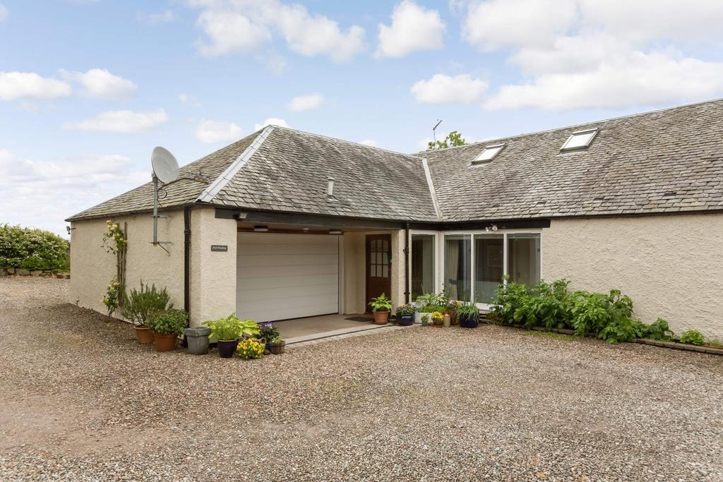 4 Bedrooms Semi Detached House for sale in The East Steading Causewayend, by Kirknewton, West Lothian,