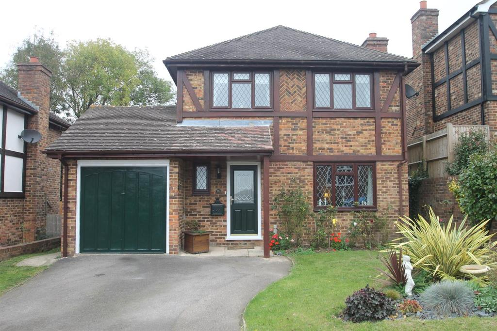 4 Bedrooms Detached House for sale in Grey Wethers, Sandling, Maidstone