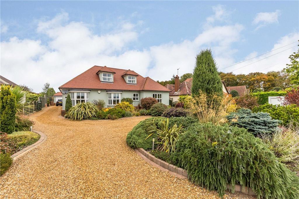 4 Bedrooms Detached House for sale in Raffin Green Lane, Datchworth, Knebworth, Hertfordshire