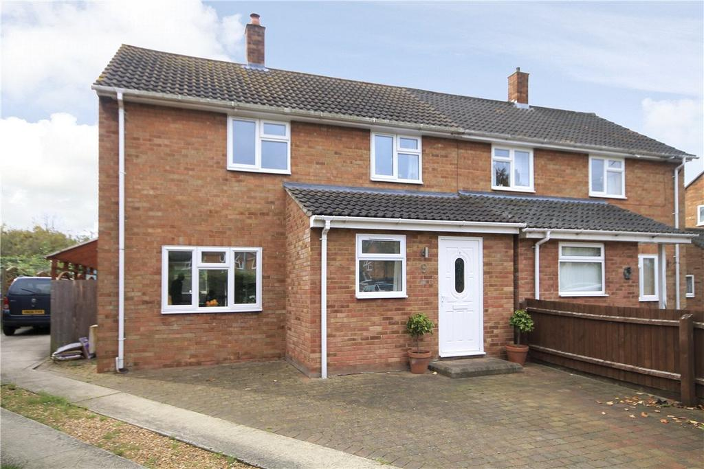 3 Bedrooms Semi Detached House for sale in Wrights Close, Fen Ditton, Cambridge, CB5