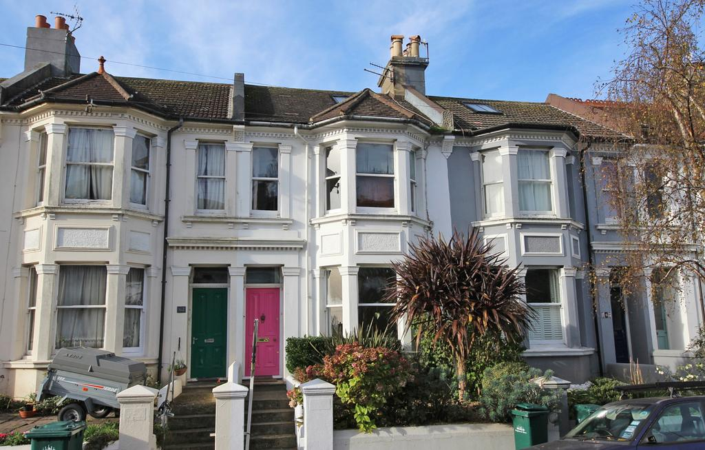 4 Bedrooms Terraced House for sale in Waldegrave Road, Brighton BN1