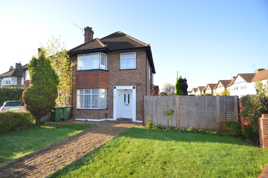 3 Bedrooms House for sale in Sidney Road, WALTON ON THAMES KT12