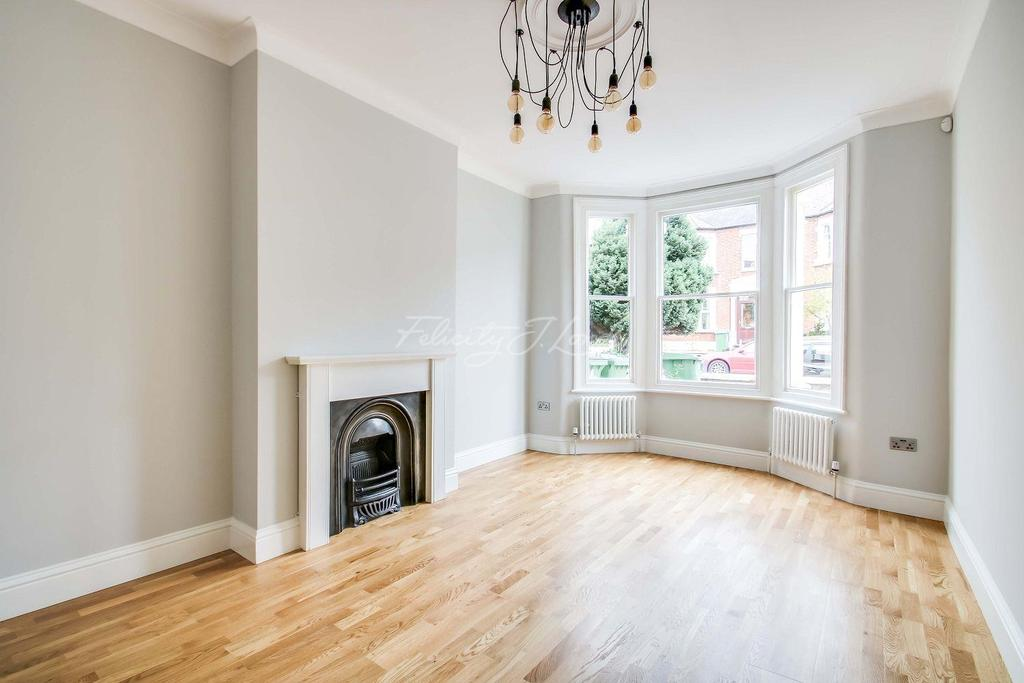 6 Bedrooms Terraced House for sale in Heathwood Gardens, Charlton, SE7