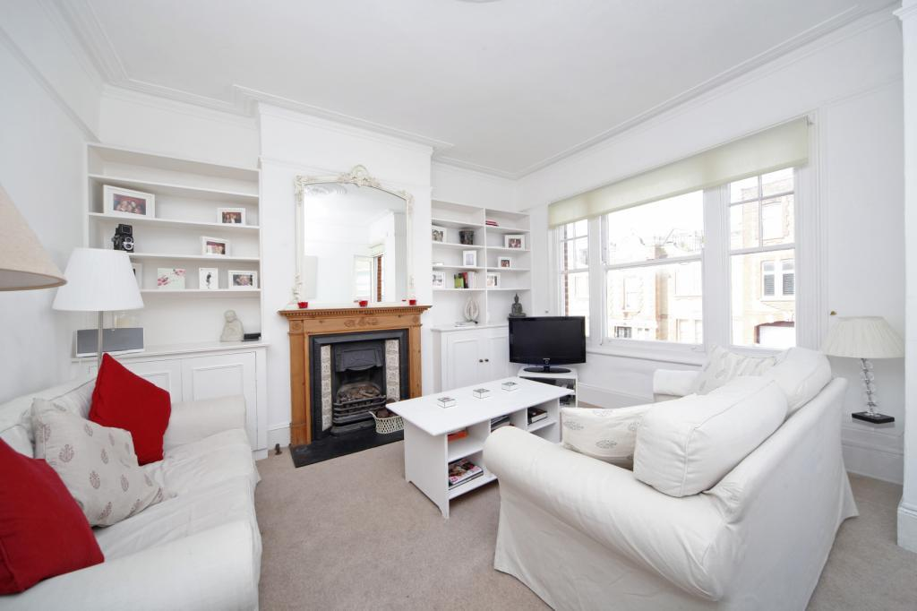 3 Bedrooms Maisonette Flat for sale in Peterborough Road, Parsons Green/Fulham, London, SW6