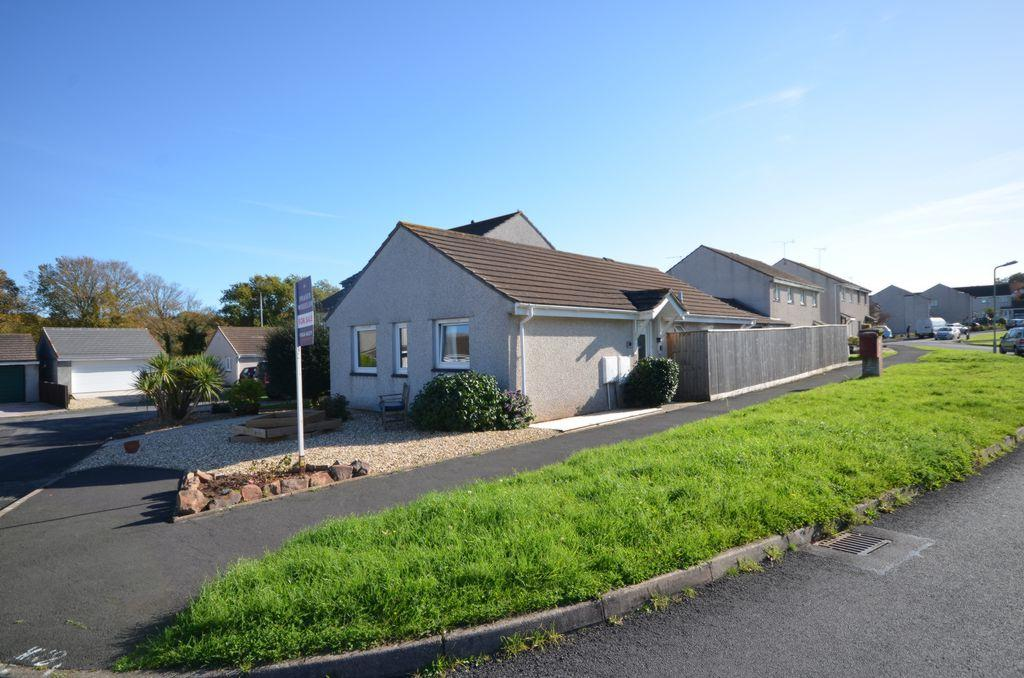 2 Bedrooms Bungalow for sale in Little Week Road, Dawlish, EX7