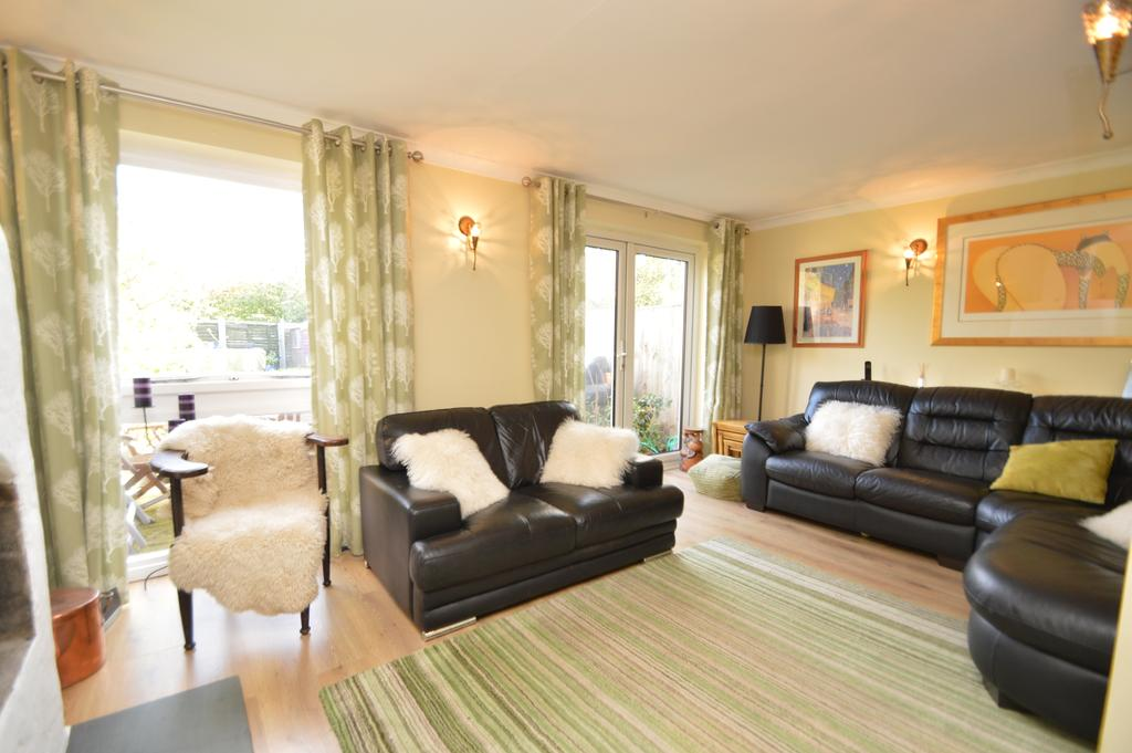 4 Bedrooms Terraced House for sale in Pleasant Place, HERSHAM VILLAGE KT12