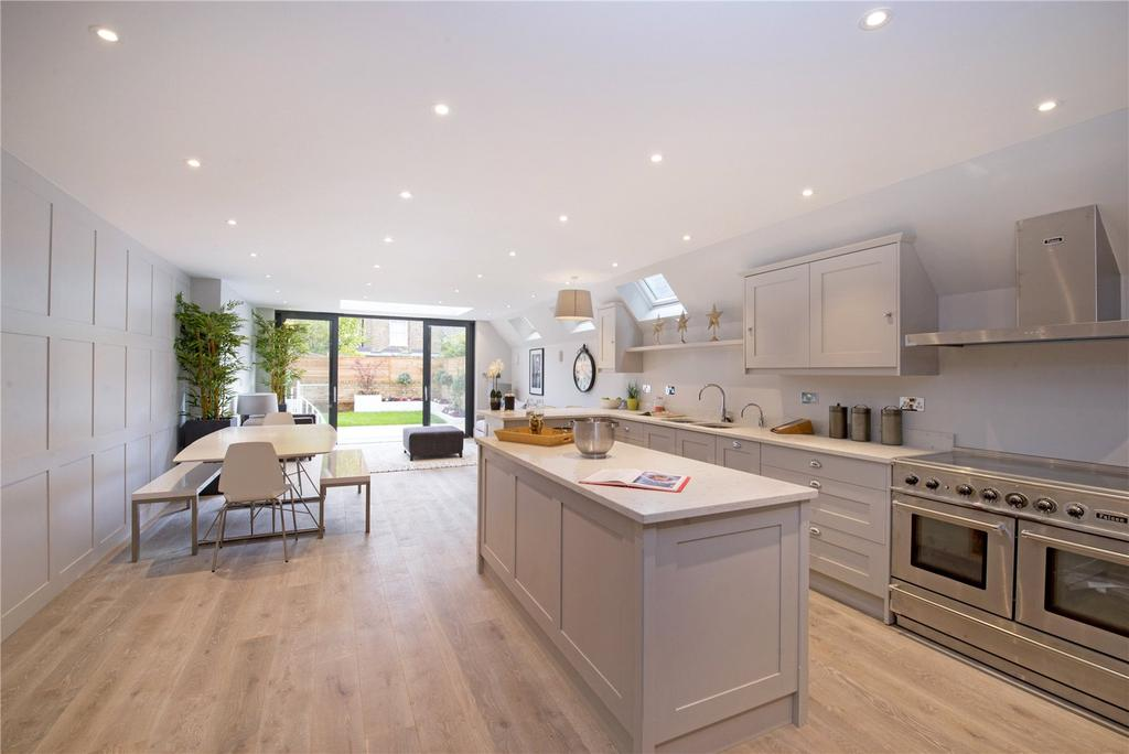 5 Bedrooms Terraced House for sale in Blake Gardens, Fulham, London, SW6
