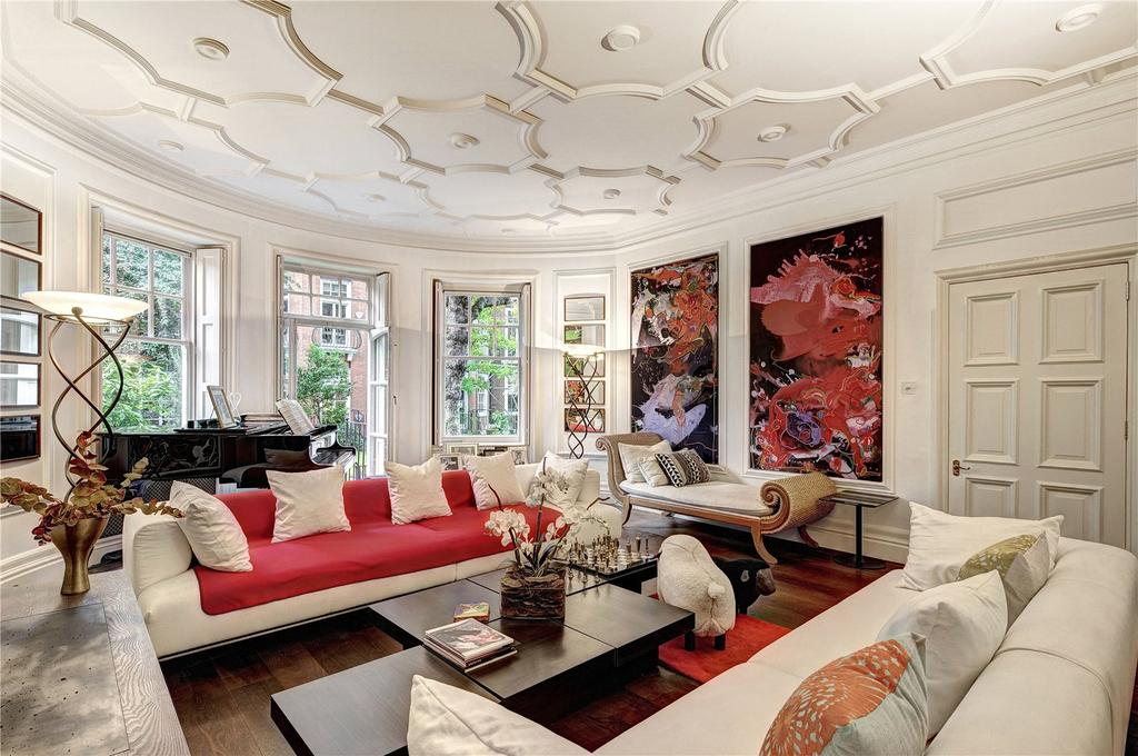 4 Bedrooms Flat for sale in Sloane Court West, London, SW3