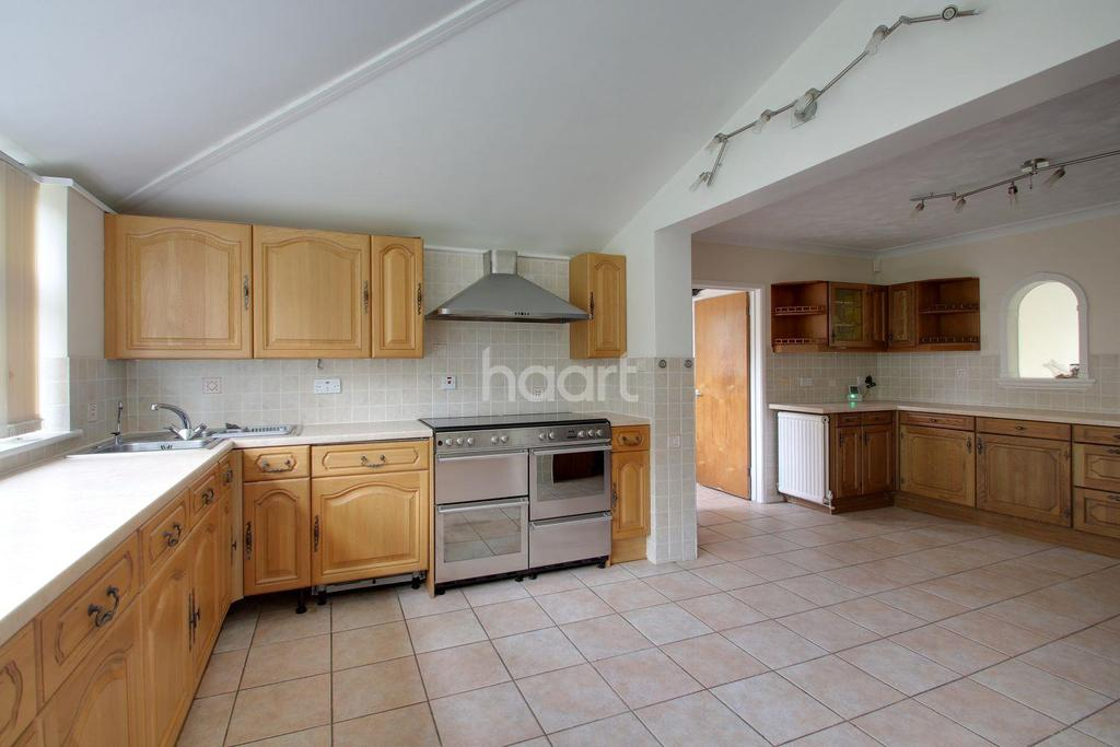 4 Bedrooms Detached House for sale in Lebanon Drive, Walsoken