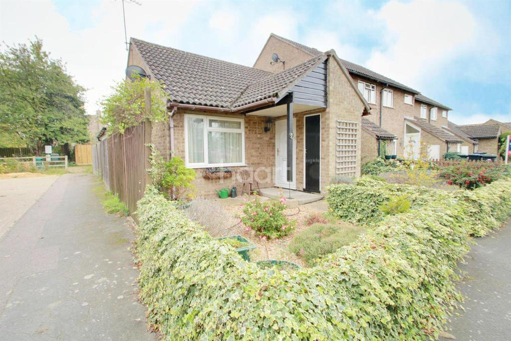 2 Bedrooms Bungalow for sale in Laurel Close, Mepal